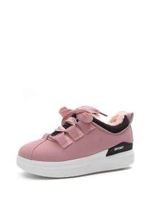 احذية رياضية-برباط بفرو صناعي بجلد صناعي
