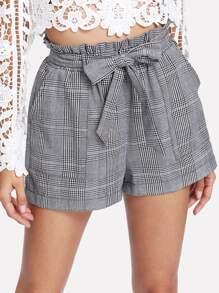 Shorts à carreaux avec ceinture