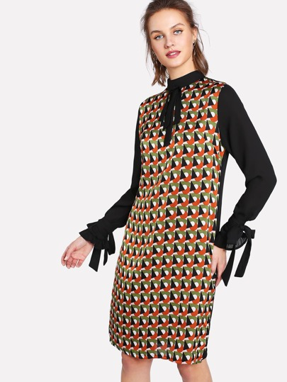 Knotted Cuff And Neck Geo Print Dress