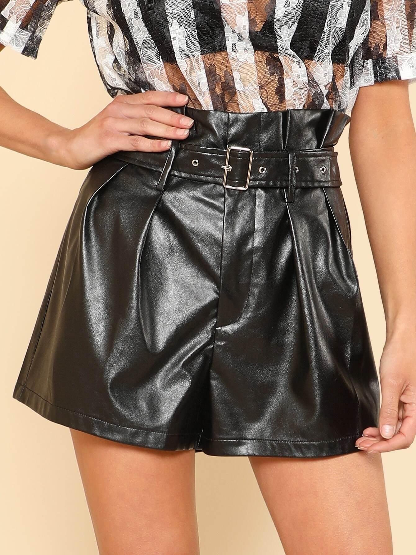 цена на Buckle Belt Detail Faux Leather Shorts