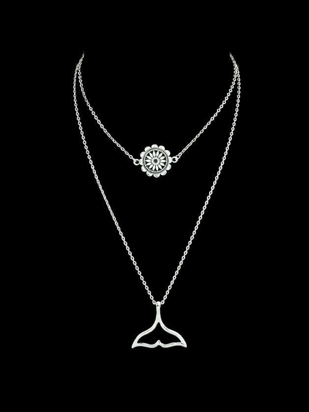 Geometric Flower Shape Charm Pendant Necklace