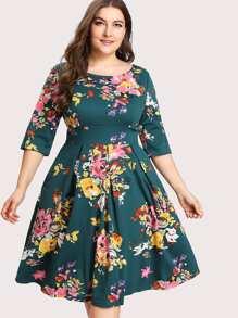 V Back Florals Circle Dress
