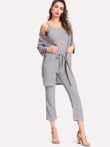 Camisole côtelée & Pantalons avec ceinture & Manteau