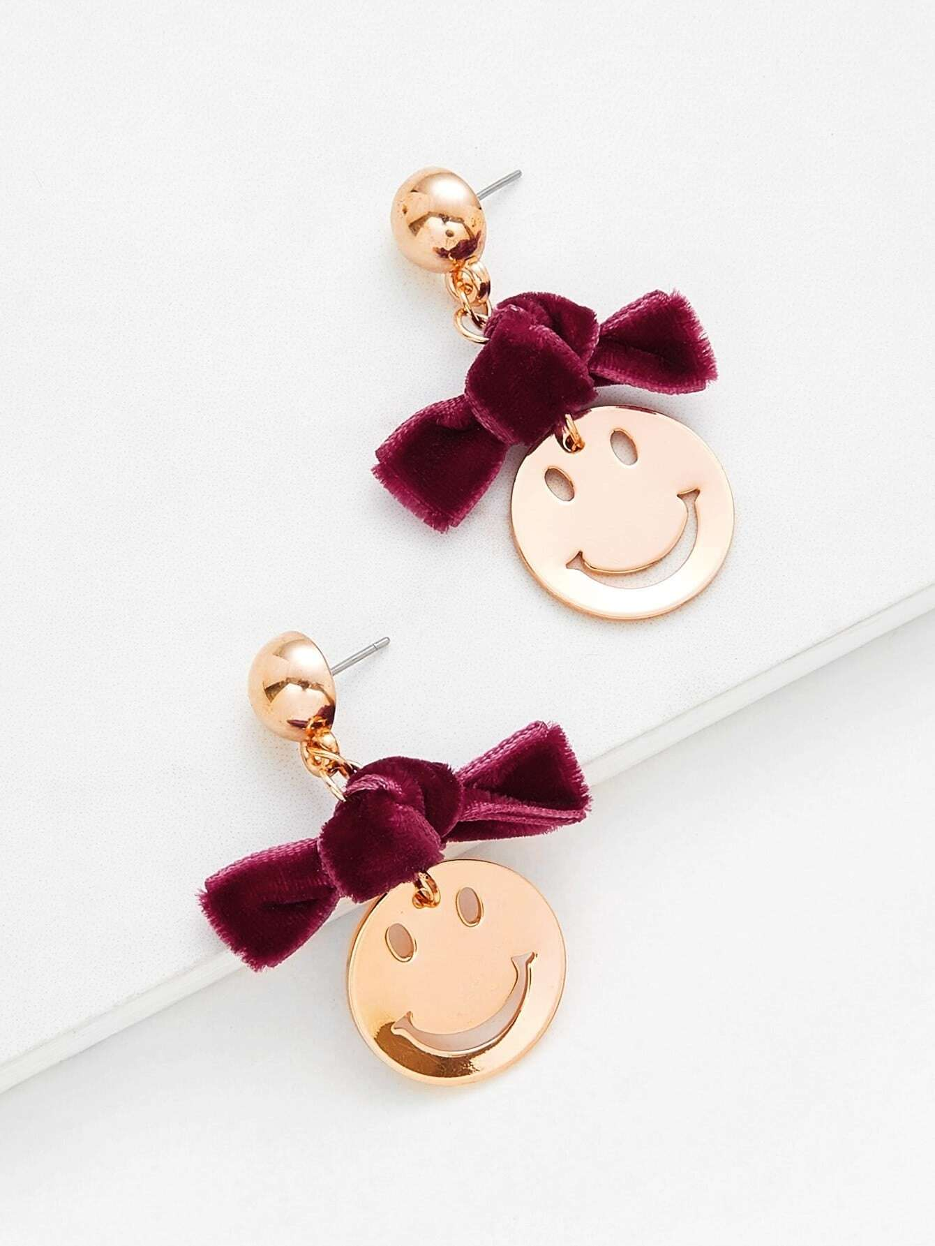 Knot & Hollow Emoji Design Drop Earrings hollow water drop shaped drop earrings