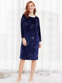 Faux Fleece Cartoon Print Night Dress