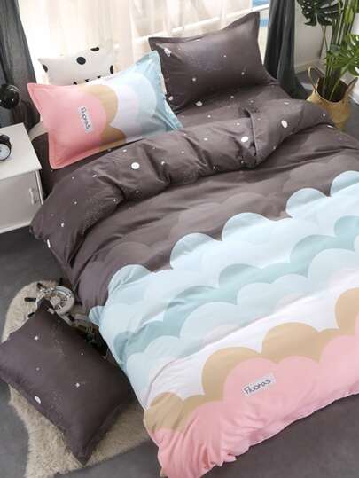 1.8m 4Pcs Colorblock Cloud Print Bedding Set