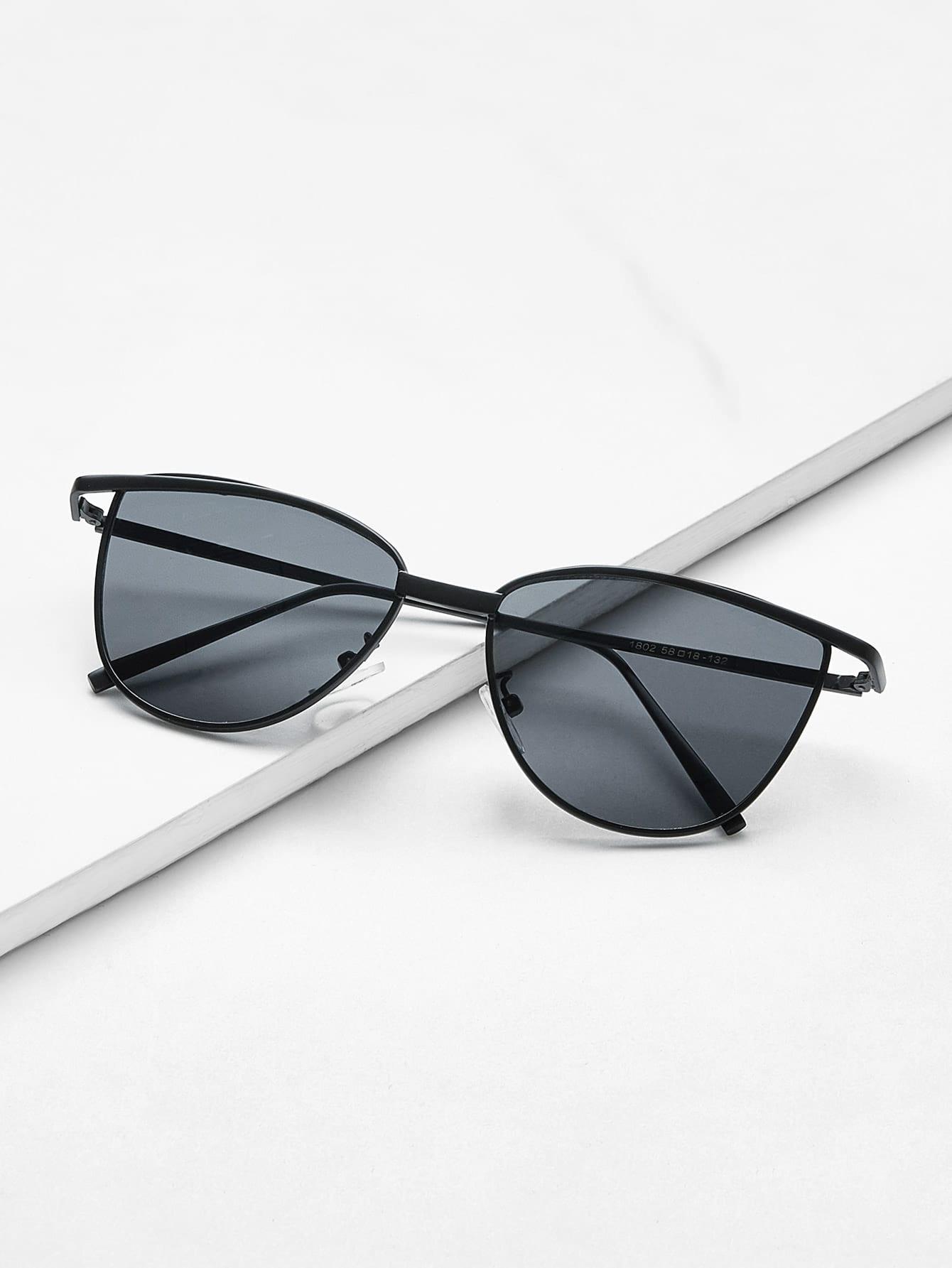 Flat Lens Metal Frame Sunglasses
