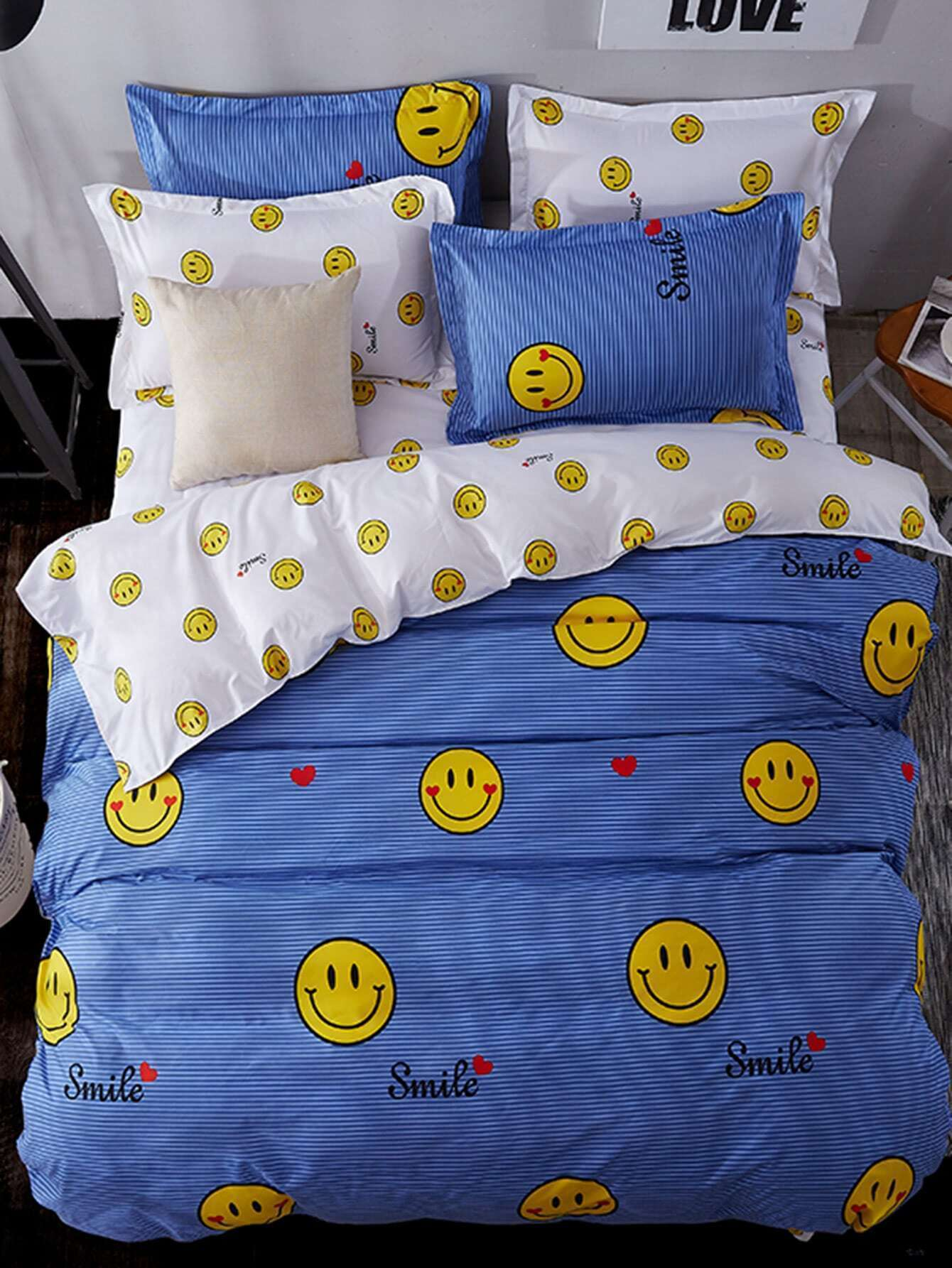 2.2m 4Pcs Emoji Print Duvet Cover Set бра jupiter bristol 1438 br k 2 p