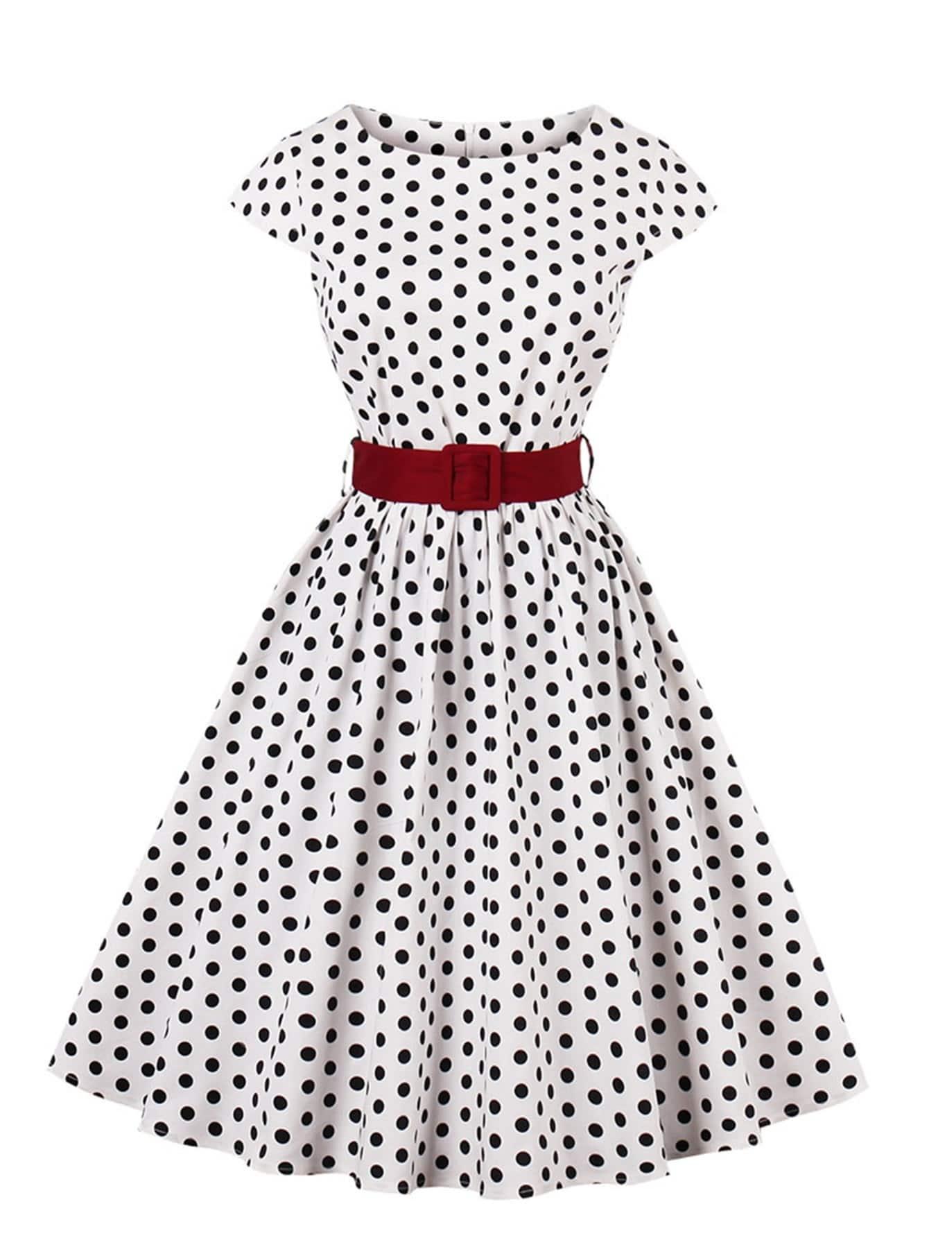 Модное платье в горошек с поясом SheIn