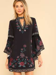 Floral Printed Back Button Closure Dress BLACK