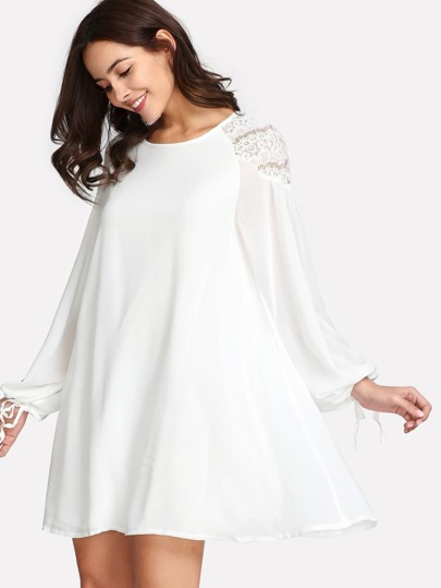 Contrast Lace Bishop Sleeve Dress