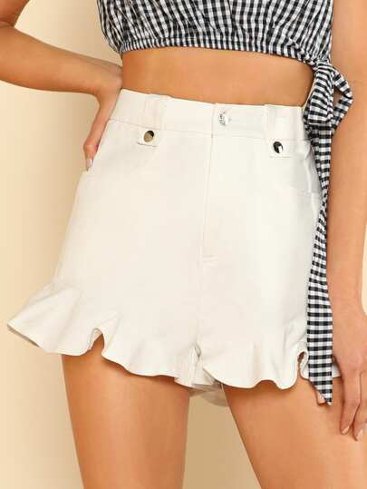 Pocket Front Ruffle Hem Shorts
