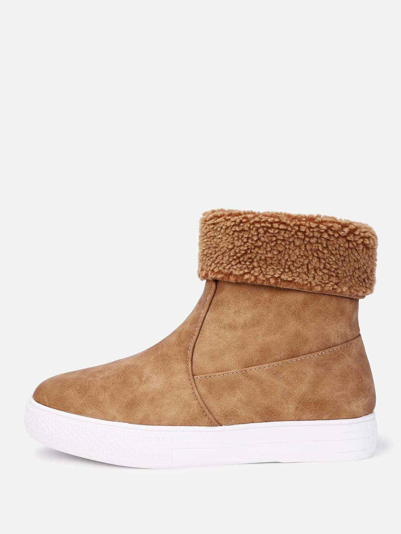 Round Toe Flat Suede Ankle Boots