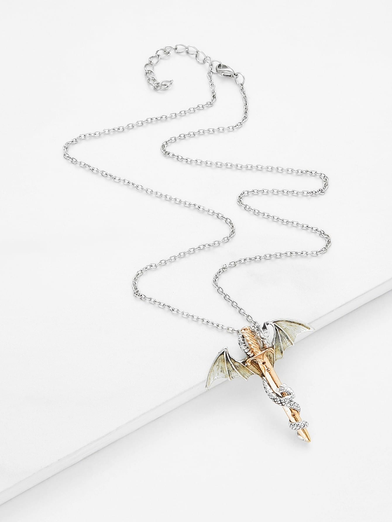 Image of Arrow & Wing Design Chain Necklace
