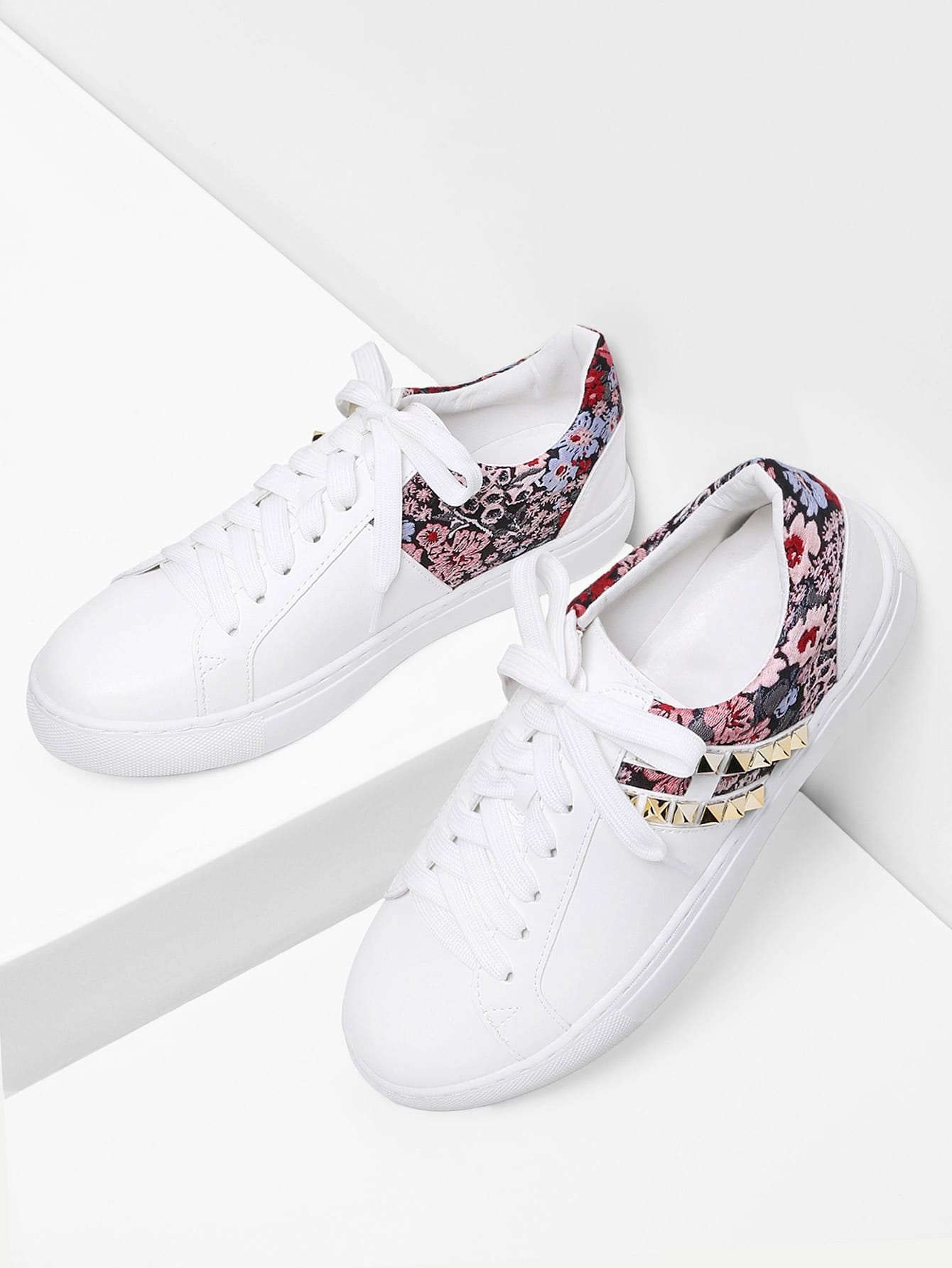 Image of Calico Pattern PU Sneakers With Studded