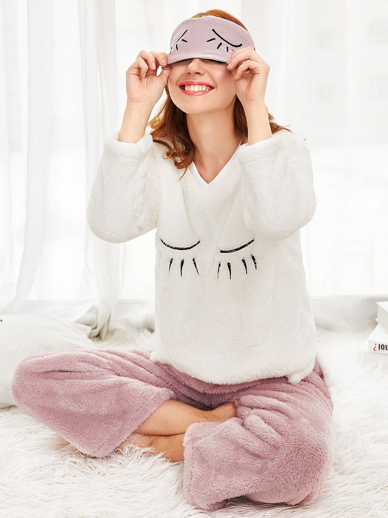 Eyelash Embroidered Faux Fleece Pullover & Pants Pj Set