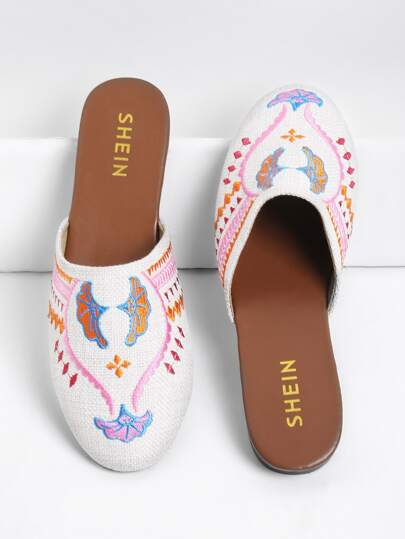 Embroidery Round Toe Flats