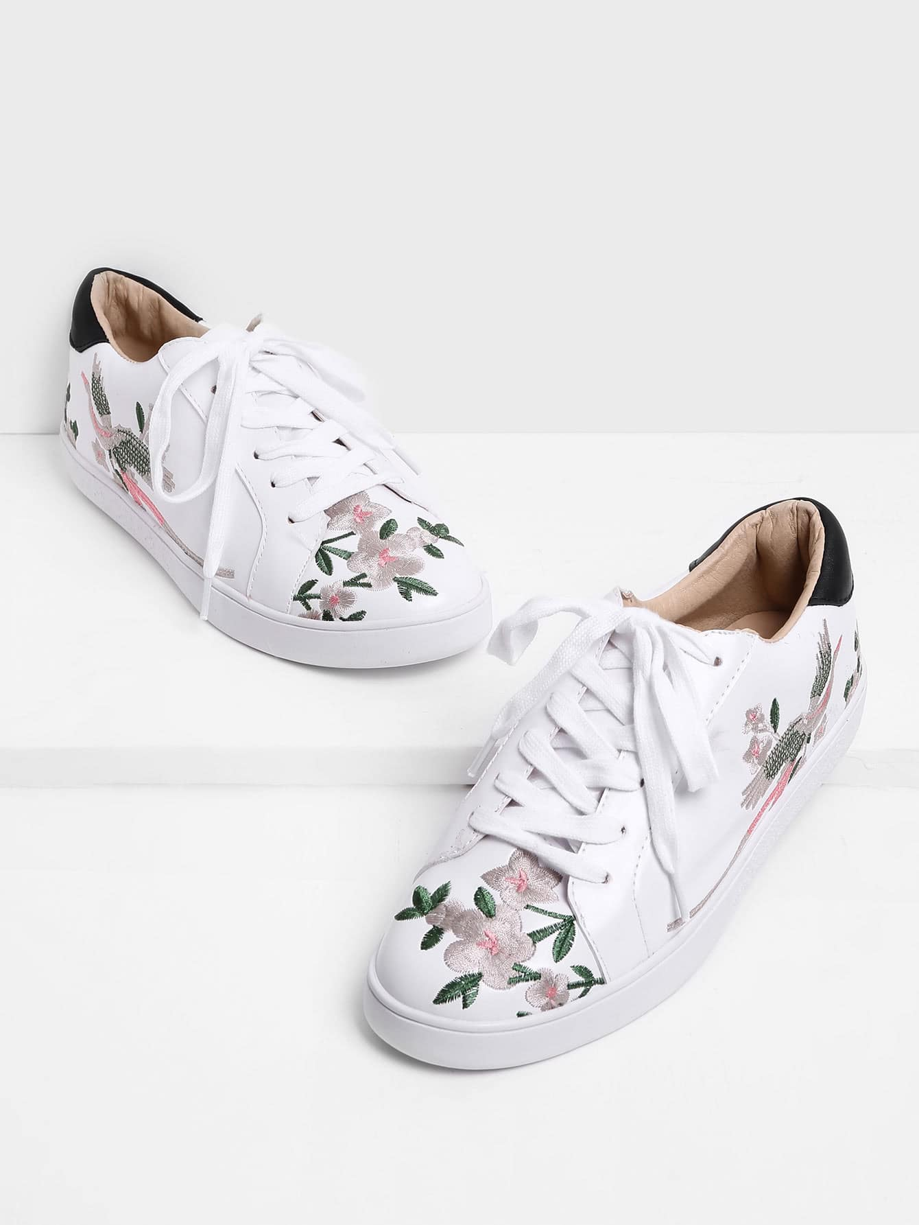 Image of Calico Embroidered Lace Up Sneakers