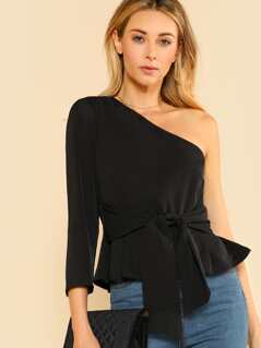 Single Shoulder Front Tie Top BLACK