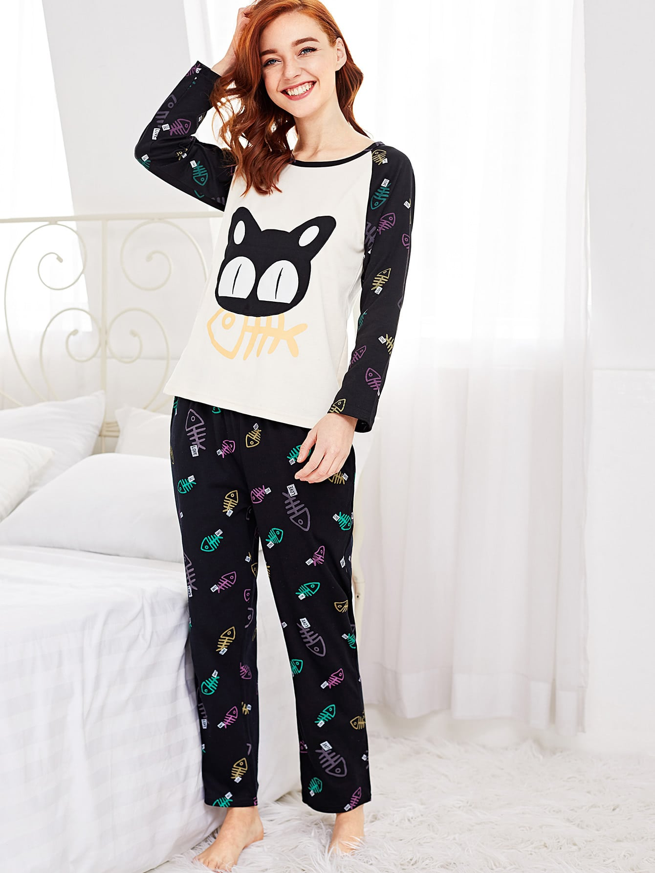 Contrast Raglan Sleeve Cartoon Tee & Pants Pj Set