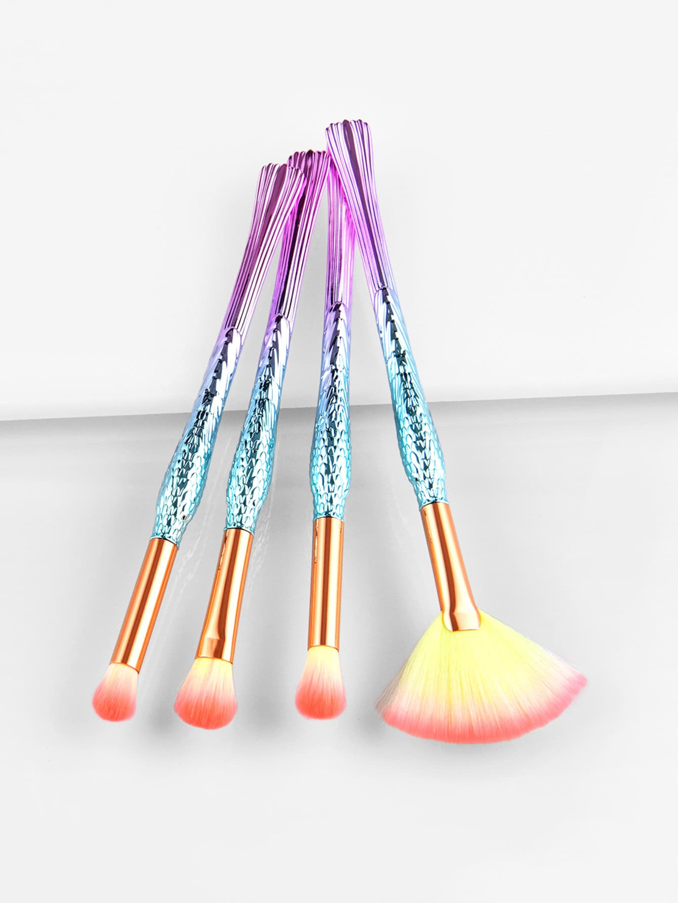 Image of Ombre Handle Eye Brush 4pcs