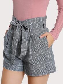 Shorts avec poche côté avec lacet de taille