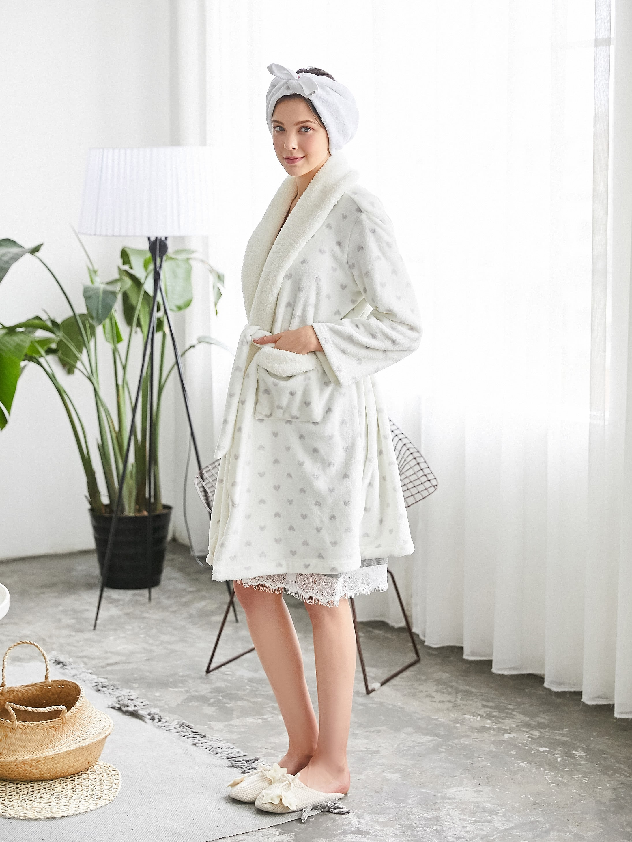 Image of All Over Heart Print Plush Robe