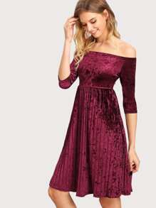 Off Shoulder Velvet Pleated Dress