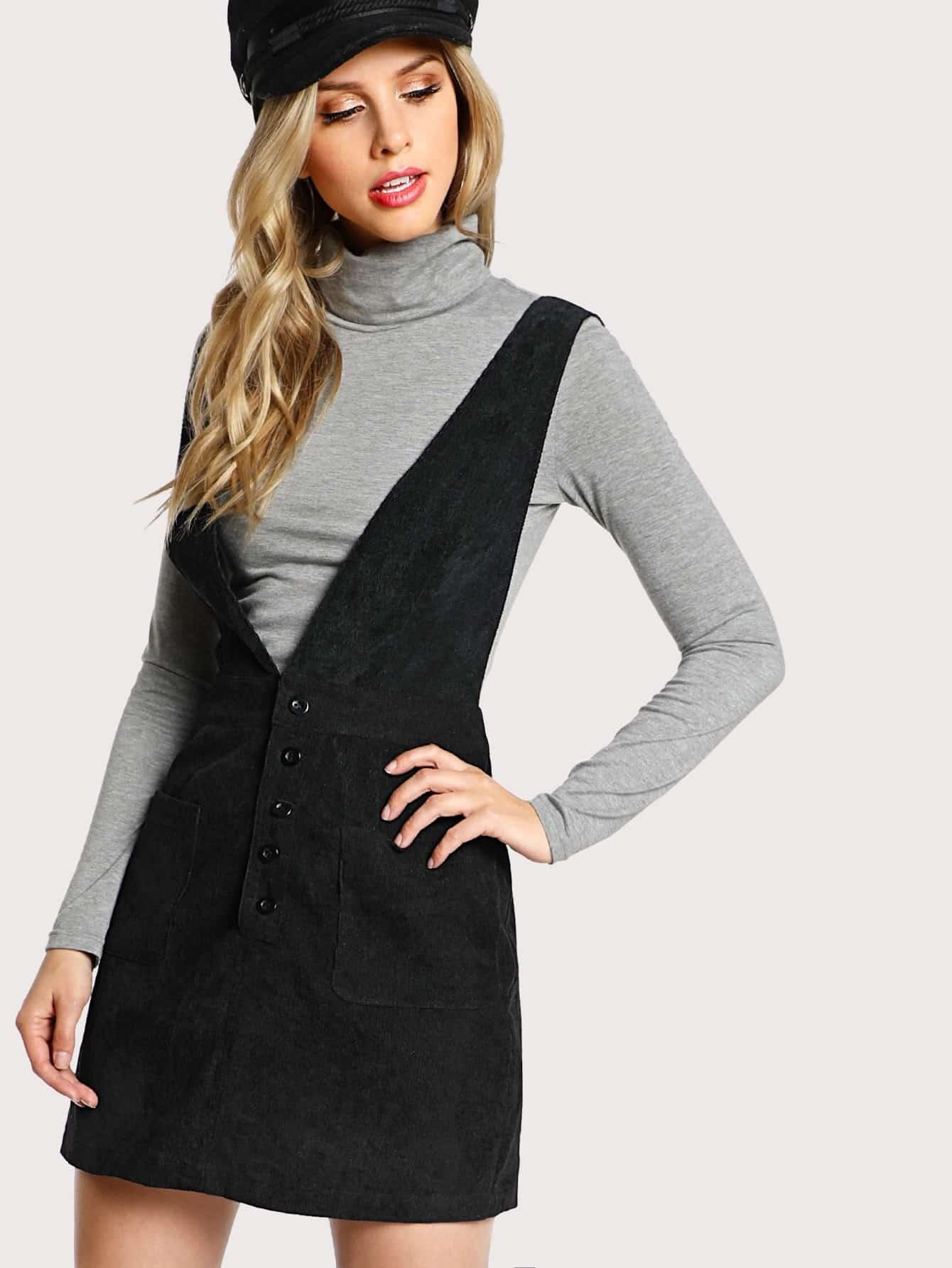 цены Crisscross Buttoned Plunge Pinafore Dress