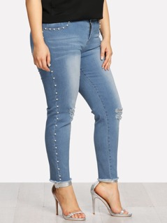 Pearl Detail Raw Hem Ripped Jeans