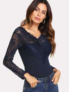 Contrast Lace Scalloped Trim Ribbed Tee