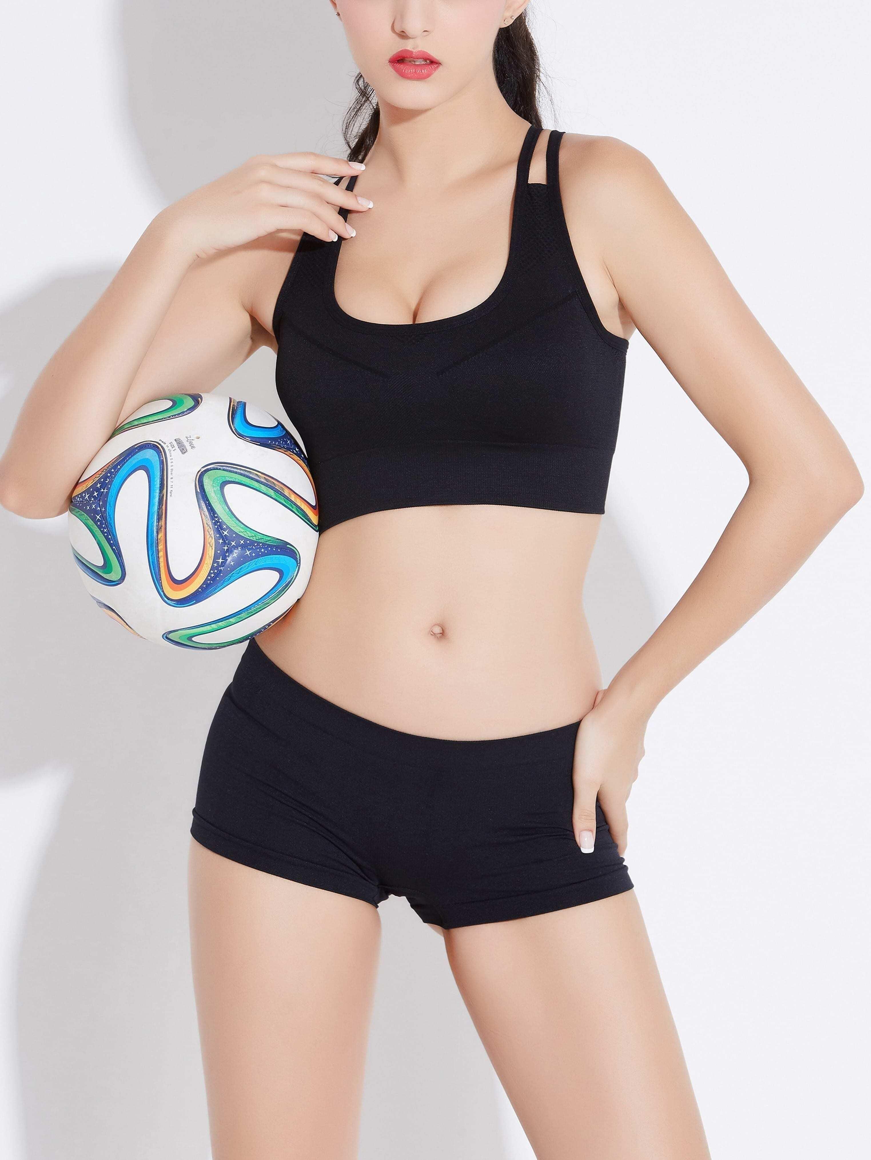 Модный спортивный бюстгальтер