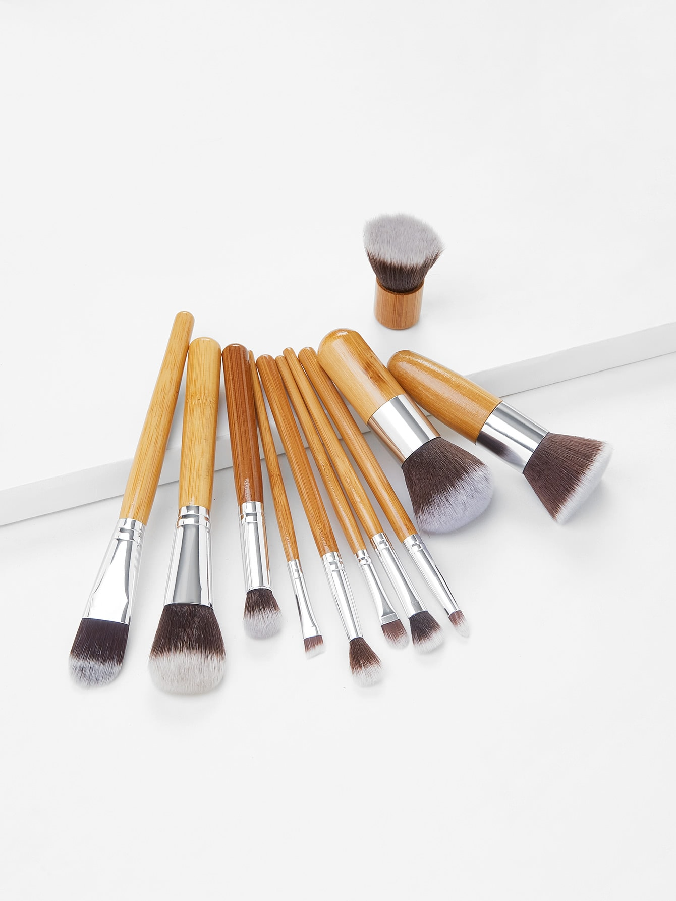 11 Pcs Bamboo Makeup Foundation Fiber Liner Eyeshadow Cosmetic Brush Set Bag Kit hot sale 2016 soft beauty woolen 24 pcs cosmetic kit makeup brush set tools make up make up brush with case drop shipping 31