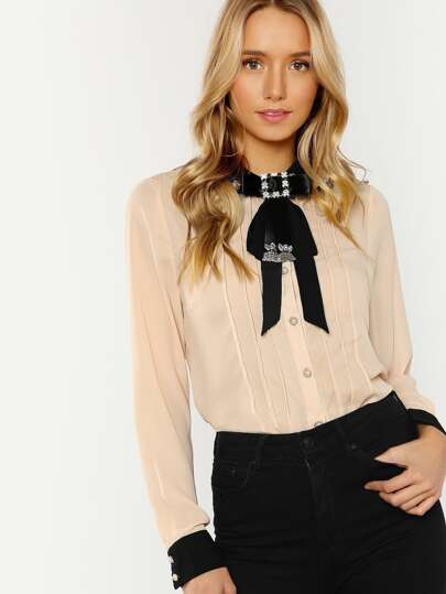 Collared Button Up Lace and Pearl Detailed with Brooch Shirt NUDE