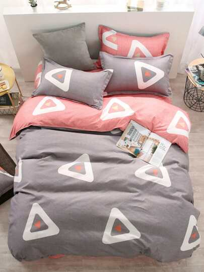 2.2m 4Pcs Triangle Print Bed Sheet Set