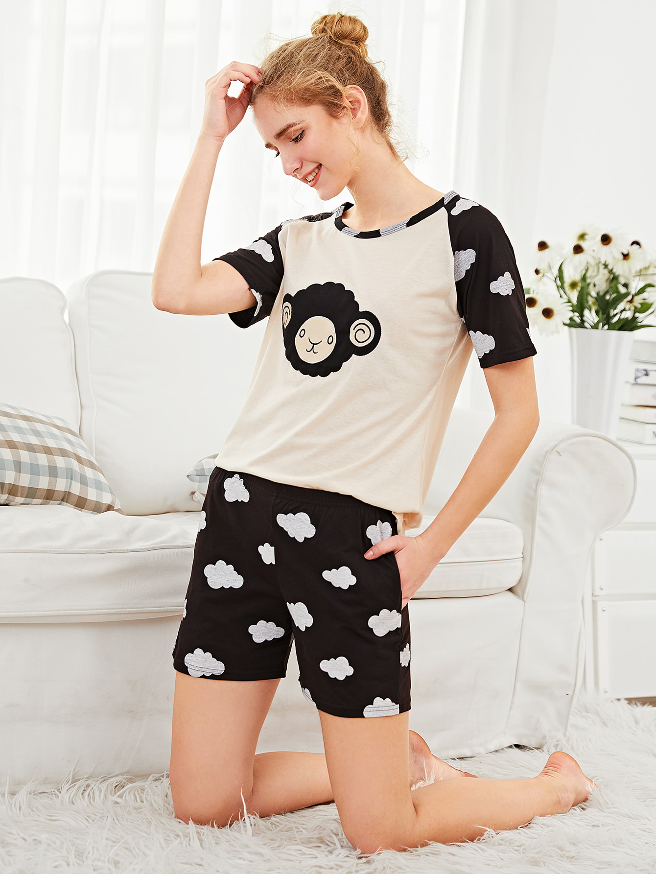 цены Sheep Embroidered Tee & Shorts PJ Set