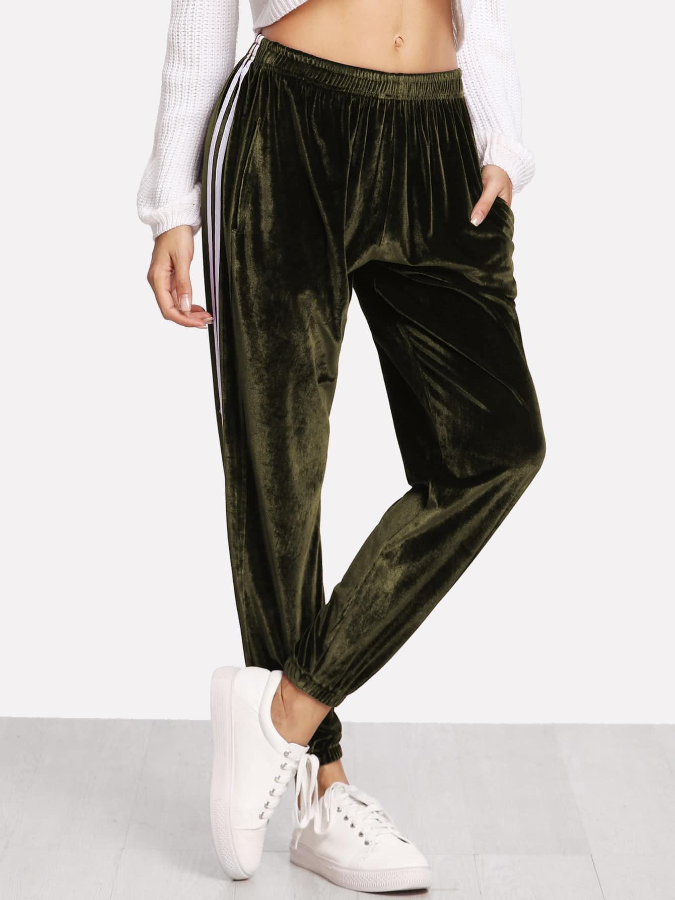 цены Stripe Side Elastic Hem Velvet Pants
