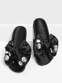 Sandali piatti