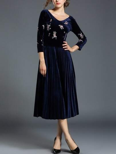 Botanical Print Pleated Velvet Dress