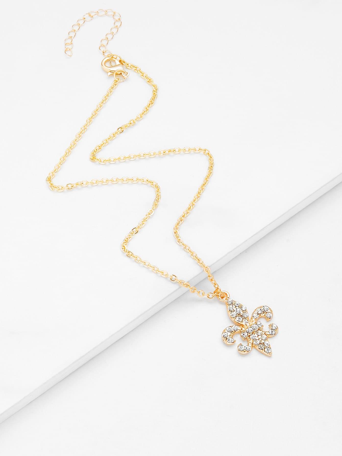 Rhinestone Detail Pendant Design Chain Necklace