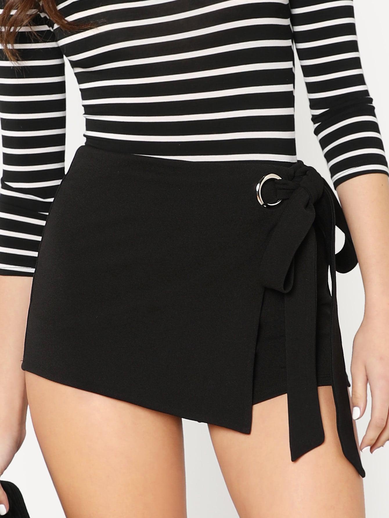 цены Self Belted Overlap Shorts