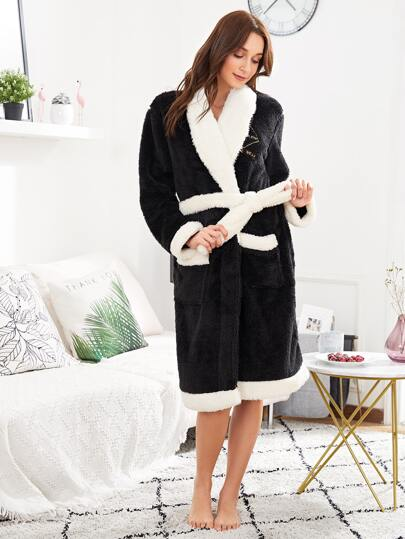 Contrast Trim Self Tie Fleece Robe