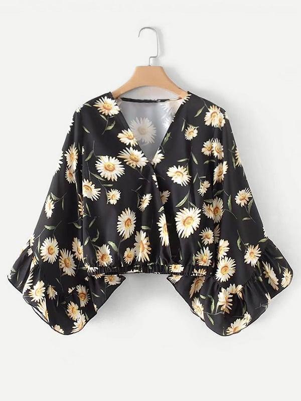 Bluse mit Schößchensaum auf den Ärmeln und Gänseblümchenmuster