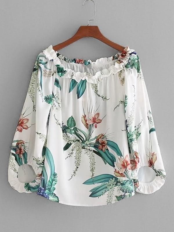 Bluse mit Schößchensaum auf dem Ausschnitt und Blumenmuster