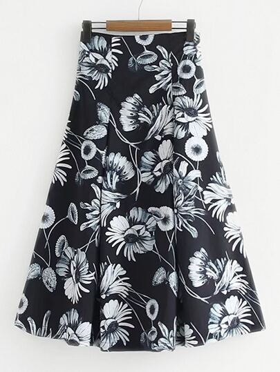 Pleated Detail Floral Skirt