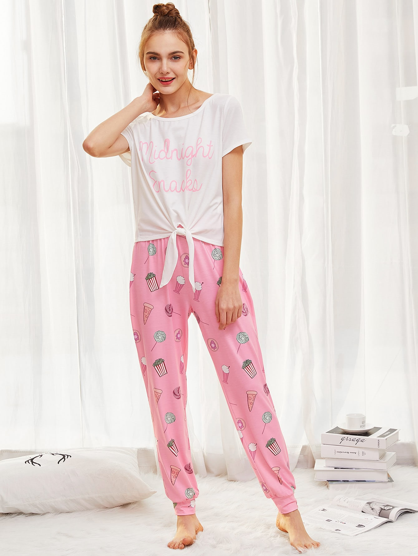 Фото Letter Print Knot Hem Top & Sweatpants PJ Set checker knot bikini set