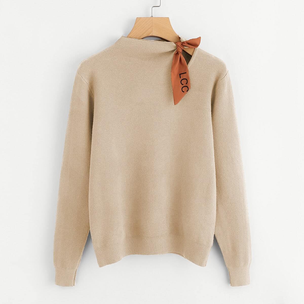 Sweater met knoop schouders
