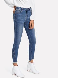 Beaded Detail Raw Hem Jeans