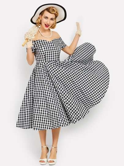 Surplice Sweetheart Neckline Gingham Circle Dress
