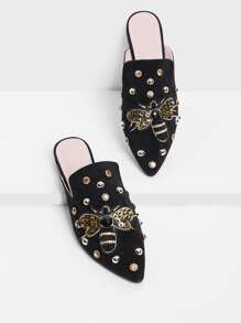 Bee Decorated Pointed Flats With Jewelry